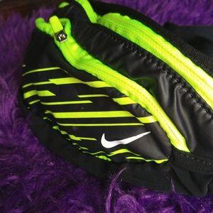 Nike running hip / fannie pack